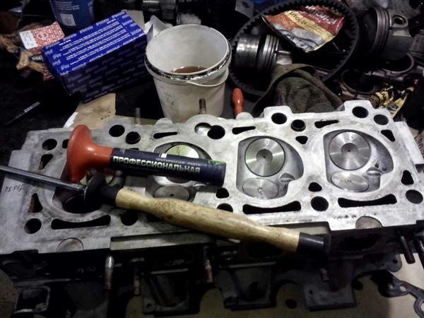 Услуга по ремонту двигателя в СТО Престиж